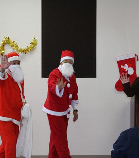 心身障害児・者クリスマス慰問